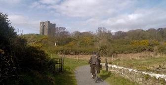 Approaching Walder Frey's Castle